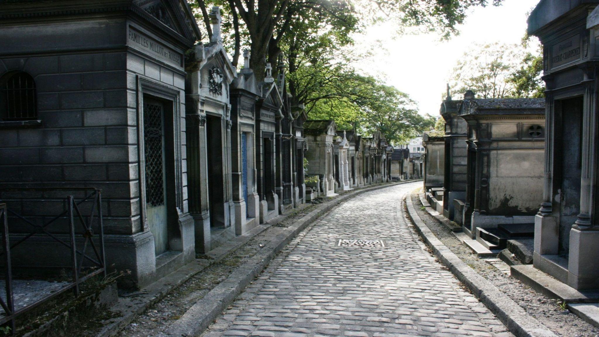 cemetery-503232