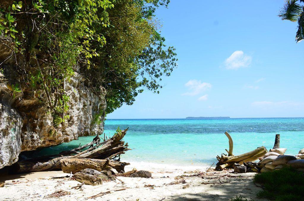 palau-beach-1
